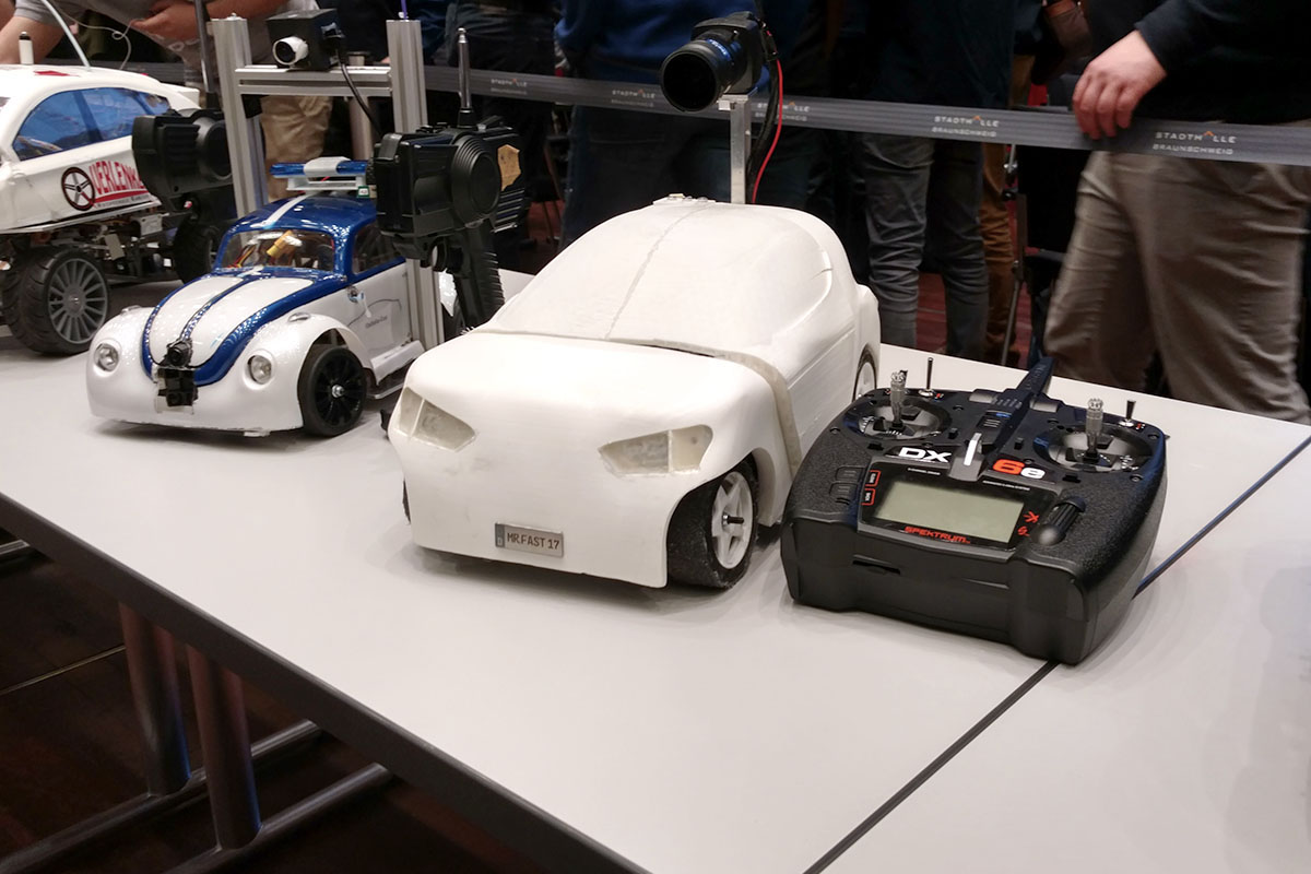 fast and furious autonomes modellauto des kit holt platz. Black Bedroom Furniture Sets. Home Design Ideas